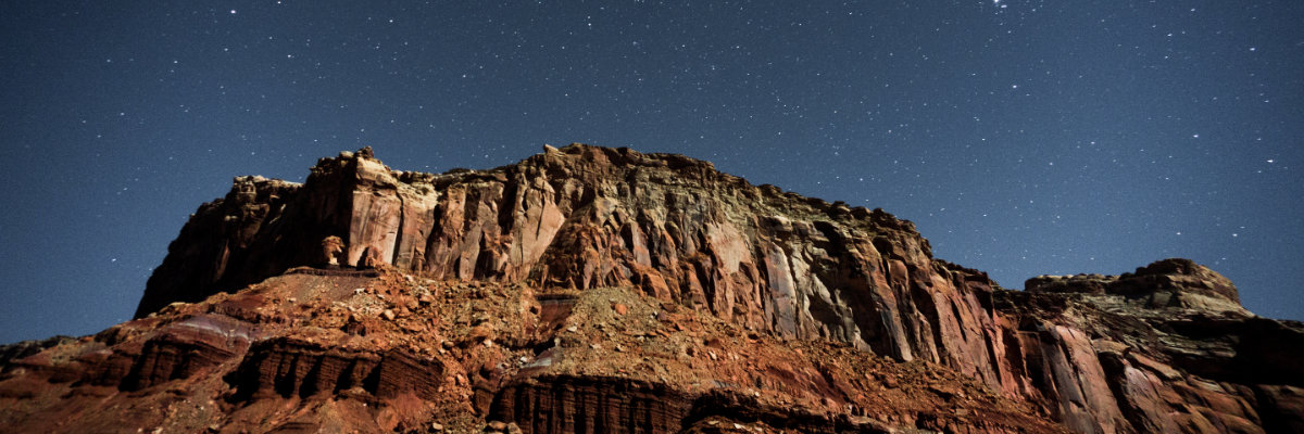 The sky at night in Canyonlands