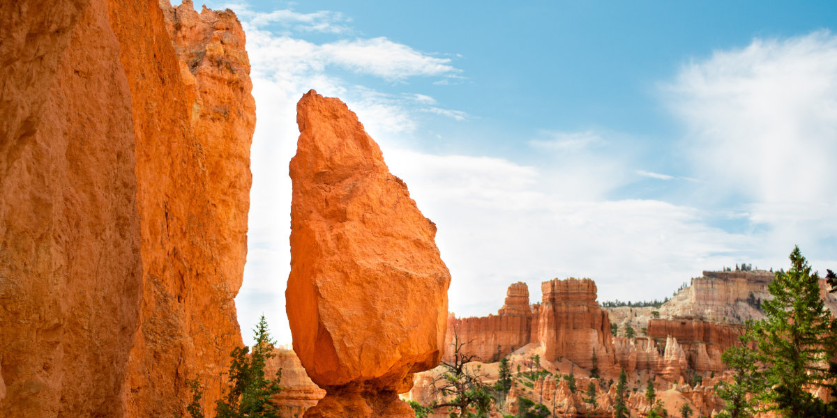 The red sandstone and green pine trees of Bryce Canyon