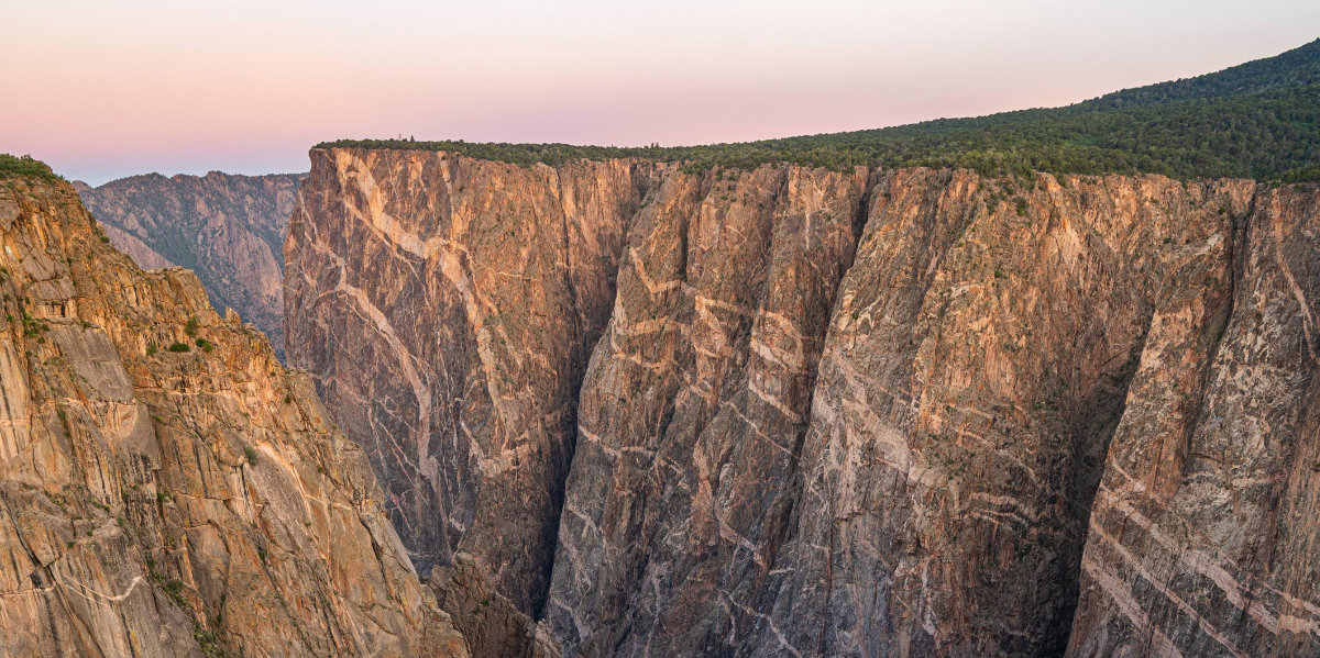 Black Canyon of the Gunnison cliff walls